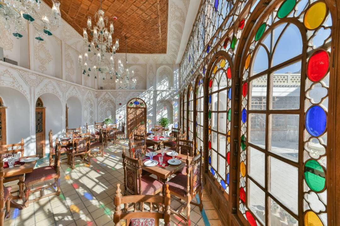 Hotel-Ghasr-Monshi-Isfahan